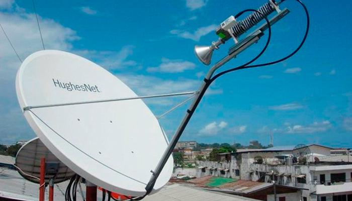conexión de red satelital